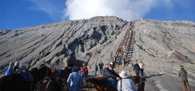 Aturan Baru Liburan ke Gunung Bromo